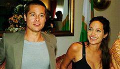 Brad Pitt a Angelina Jolie společně navrhli kolekci šperků pro charitu